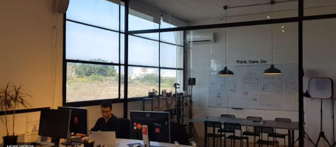 מחיצת-זכוכית-למשרדים