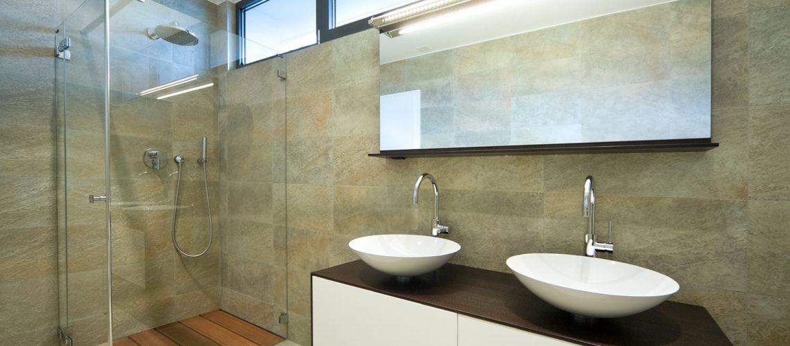 מקלחונים בהתאמה אישית - מראות אור קריסטל